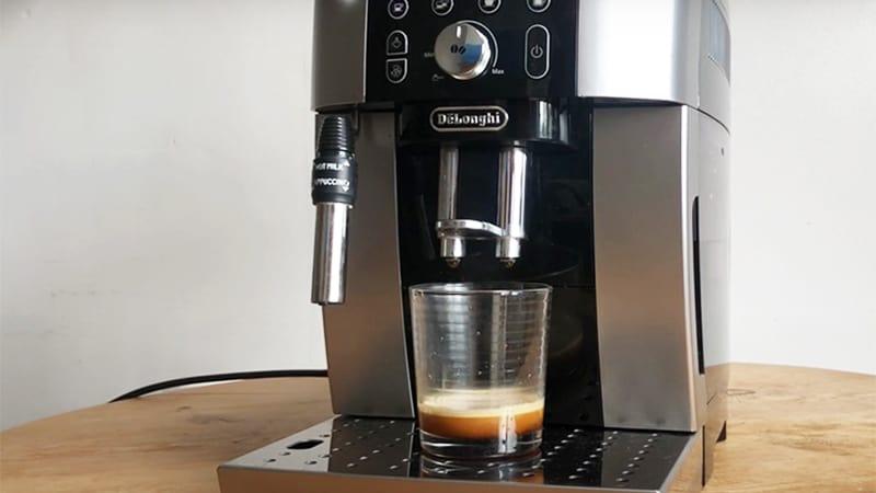 Push-Button Espresso Of DeLonghi Magnifica S Smart