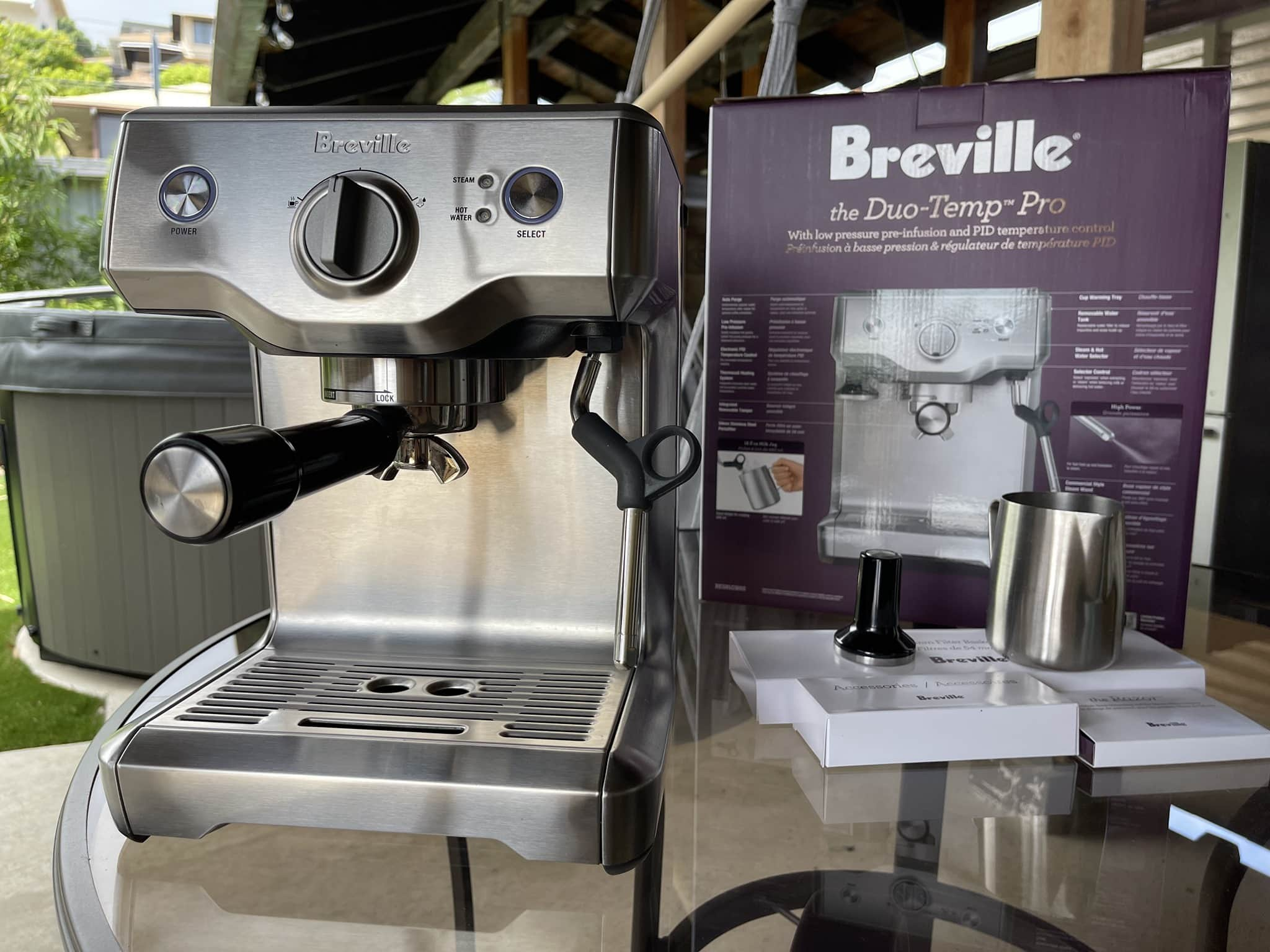 Breville Duo Temp Pro mantains the steam pressure even when there is little water left in the boiler