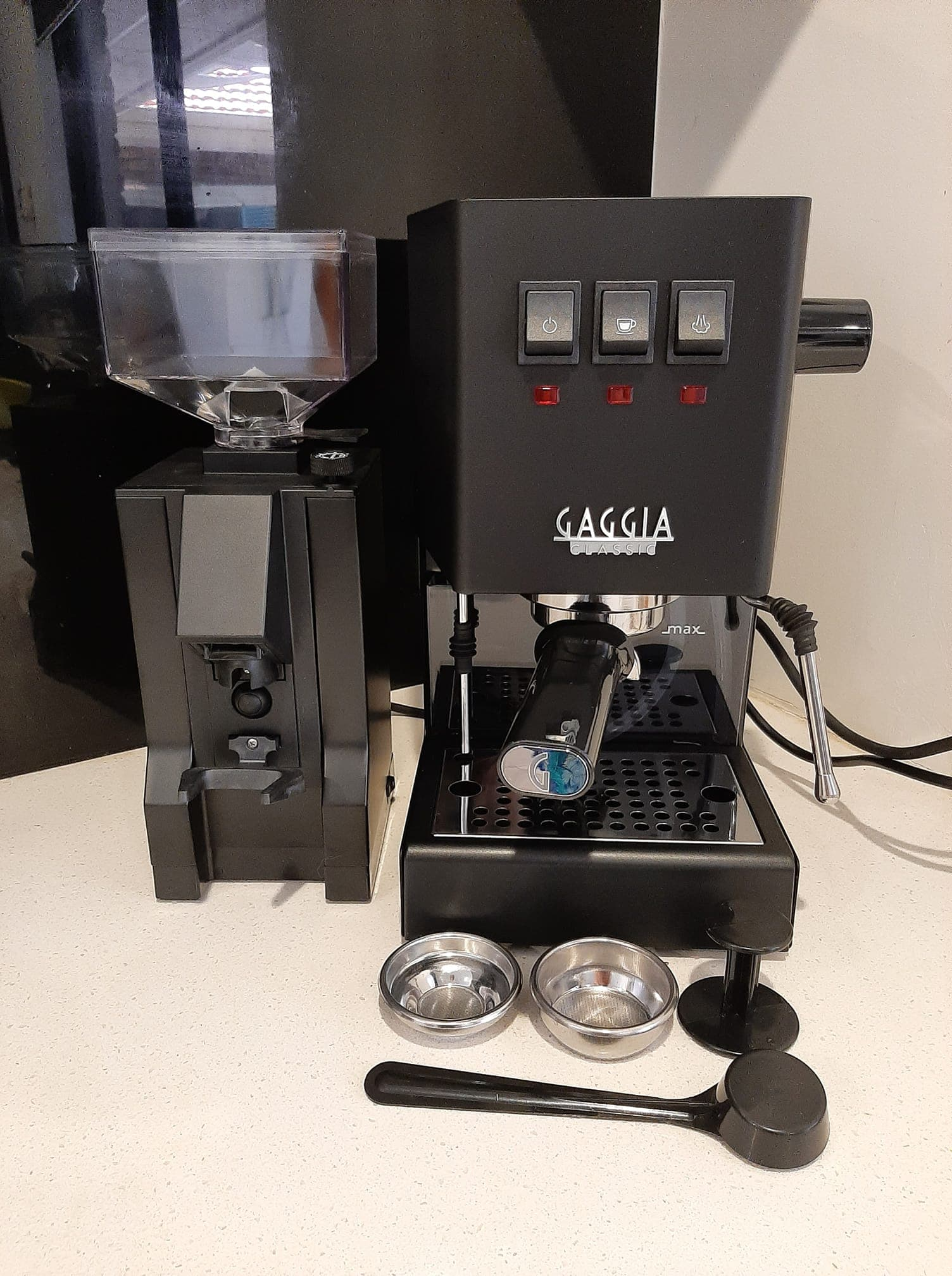 Gaggia Classic Pro extract rich coffee flavor